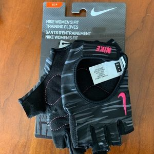 Nike Womens Fit Training Gloves Gym Workout Padded